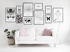 Find inspiration for creating a picture wall of posters and art prints. Endless inspiration for gallery walls and inspiring decor. Create a gallery wall with framed art from Desenio. Home Living Room, Living Room Decor, Living Spaces, Decor Room, Bedroom Decor, Home Decor, Inspiration Wall, Bedroom Wall, Gallery Wall
