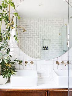 "These ""Bathroom Plants"" Will Make Every Shower Feel Like a Mini Tropical Getaway"