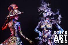 "Demostración de bodypainting con Corinne Pérez y Julio Quijano en la feria ""Sslón look"" de Madrid. Fotógrafa Elena Campos Fantasy Makeup, Fantasy Art, Stick Art, Theatrical Makeup, Airbrush Makeup, Face And Body, Studio, Fashion Art, Body Paint"