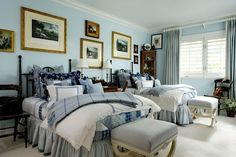 The Glam Pad: Blue and White Palm Beach Perfection Discount Bedroom Furniture, Guest Bedrooms, Master Bedroom, Palm Beach, Furniture Decor, Home Remodeling, Beautiful Homes, Beautiful Things, Bedroom Decor