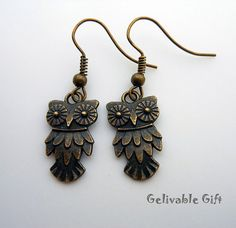 Hey, I found this really awesome Etsy listing at https://www.etsy.com/listing/94063402/antique-brass-owl-earringssteampunk