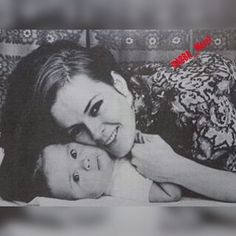 Frida as a mother