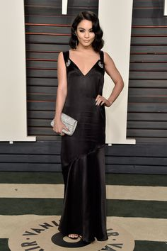 Vanessa Hudgens Attends Vanity Fair Oscar Party with Boyfriend Austin Butler!: Photo Vanessa Hudgens poses for photos on the carpet at the 2016 Vanity Fair Oscar Party held at the Wallis Annenberg Center for the Performing Arts on Sunday (February… Celebrity Prom Dresses, Prom Dresses 2016, V Neck Prom Dresses, Oscar Dresses, Mermaid Prom Dresses, Evening Dresses, Estilo Vanessa Hudgens, Vanessa Hudgens Style, Diane Kruger