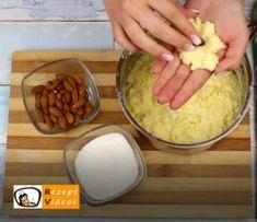 Raffaello-Kugeln Rezept - Zubereitung Schritt 3 Pudding, Eggs, Cheese, Breakfast, Desserts, Recipes, Food, Oatmeal Yogurt, Baking Biscuits