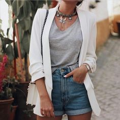 clothes for women,womens clothing,womens fashion,womans clothes outfits Blazer Outfits, Blazer Fashion, Casual Outfits, Fashion Outfits, Blazer Dress, Sleevless Blazer, Dress Outfits, Fashion Boots, Fashion Tips For Women