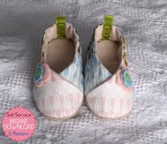 Kimono Shoes  7 sizes  PDF Sewing Pattern  por LittleMelaDesign