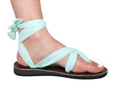 Sseko sandals: beautiful leather sandals with interchangeable fabric straps to help Ugandan women attend university