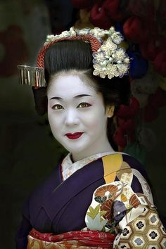 Maiko in Gion, Kyoto, Japan. PhotographybyPaul Keateson 500px