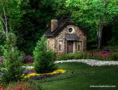 such a pretty garden!