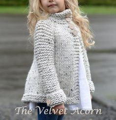 knitting for kids Knitting Pattern for Childs Brink Cardigan - This childrens sweater by Velvet Acorn is a quick knit in super bulky yarn. Sizes included S, M, L Knit Cardigan Pattern, Sweater Knitting Patterns, Knit Patterns, Chunky Cardigan, Sweater Cardigan, Clothes Patterns, Diy Tricot Crochet, Crochet Poncho, Velvet Acorn