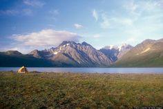 Lake Clark National Park sits 100 miles southwest of Anchorage and is a nature-enthusiast's heaven. Description from eclipse7shoes.com. I searched for this on bing.com/images