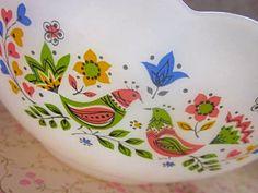 Pretty Folk Bird Arcopal 1970s Serving Bowl by Pommedejour on Etsy, $27.00