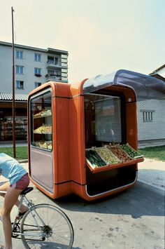 Kiosk K67 as fruit and vegetable stand (1971). Image Courtesy of Museum of Architecture & Design, Ljubljana