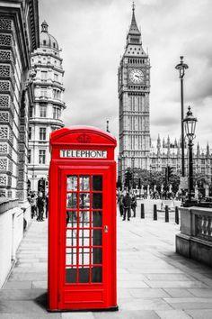 Красная телефонная будка