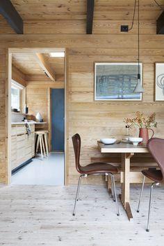 Complete interior for a private home in Kristiansand Chatham House, Pine Bedroom, Pine Kitchen, Pine Plywood, Kristiansand, Luminaire Design, Bespoke Kitchens, Concrete Design, Fritz Hansen
