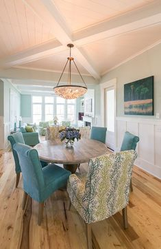 House of Turquoise: Coralberry Cottage. Chair paint for Sanctuary? Beach Dining Room, Dining Room Lighting, Dining Room Design, Dining Rooms, Dining Table, Coastal Bedrooms, Coastal Living Rooms, Home Living Room, Coastal Bedding