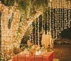 Here are 9 unique ways to add light to your yard and boost your home's curb appeal. Diy Decoration, Garden Decorations, Fall Wedding Decorations, Decor Wedding, Wedding Ideas, Boquette Wedding, Wedding Notes, Light Decorations, Wedding Dresses