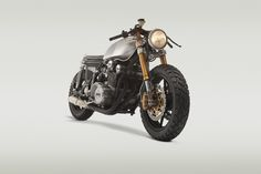 Classified Moto XS750