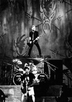 ~James Hetfield,Lars Ulrich and Jason Newsted 1995~