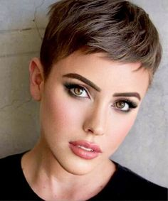 Short hairstyles are very creative and innovative liked by stylists and experts. Top celebrities of Holly Wood and models prefer very short hairstyles for the summer seasons. Very short hairstyles are always the choice of celebrities.