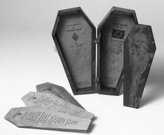Denise Carson Wilde, Canada Love Poems to a Vampire Wooden coffin with brass title and latch, three letterpress poems and one etching on tablets, edition of 24 x x 6 cm. Halloween Fonts, Halloween Invitations, Halloween Projects, Book Crafts, Paper Crafts, Book Sculpture, Handmade Books, Altered Books, Book Making