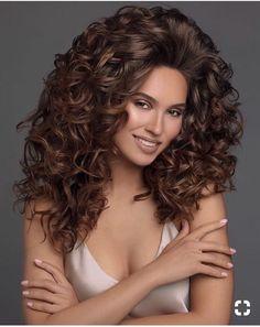 Medium Hair Styles, Curly Hair Styles, Natural Hair Styles, Beautiful Long Hair, Gorgeous Hair, Permed Hairstyles, Cool Hairstyles, Brunette Beauty, Hair Beauty