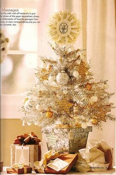 Vintage Shabby Chic christmas holiday tree. Love all the details! Beautiful idea for Emily's shabby chic room at Christmas.