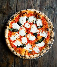 Cult-favorite Brooklyn pizza joint Roberta's is known for their classic (and totally Insta-worthy) margherita pizza. And In Style managed to snag their recipe! *Bow down*