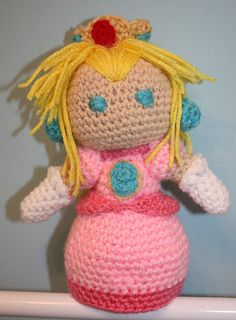 Crocheted+Pocket+Princess+Peach+8.5+in.+by+OttersCrafts+on+Etsy