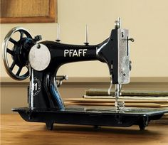 beautiful vintage machine reminds me of my press
