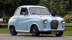 Morris Minor, Old Cars, Race Cars, Classic Cars, England, Racing, Retro, Mini, Vehicles
