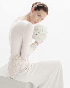 CORAL - Vestido de crep de seda bordado con pedrería en color ... - ROSA CLARA