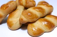 Koulourakia recipe (Greek Easter cookies) - My Greek Dish recipes dessert recipes dessert brunch recipes dessert cake recipes dessert easy recipes dessert kids recipes dessert video Greek Sweets, Greek Desserts, Greek Recipes, Easter Cookie Recipes, Easter Cookies, Christmas Cookies, Summer Cookies, Baby Cookies, Heart Cookies