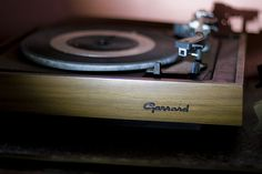 Garrard turntable (an authentic life )