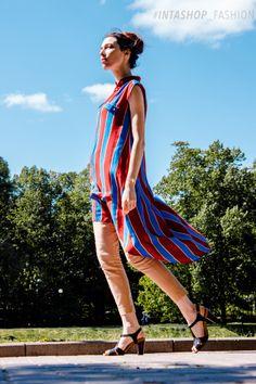 Платье-туника в яркую полоску