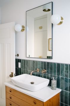 Want to take your tile to the next level? We're sharing 5 ways you can use color blocking to give your kitchen or bathroom a major boost. Chic Bathrooms, Interior Photo, Smart Design, Shower Floor, Color Tile, Interiores Design, Kitchen And Bath, Bathroom Interior, Color Blocking