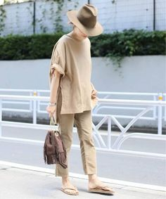 Cool Style, My Style, Spring Summer Fashion, Camel, Khaki Pants, Normcore, Lady, Womens Fashion, Minimal