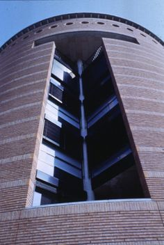 The temples of consumption: Mario Botta. Louis Kahn, Carlo Scarpa, Lugano, Le Corbusier, San Francisco Museums, Brickwork, Urban Planning, Museum Of Modern Art, Architecture Details