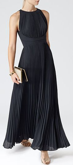 Womens Lux Navy Pleated Maxi Dress - Reiss Winnie ooops got distracted! Pretty Dresses, Beautiful Dresses, Dress Skirt, Dress Up, High Neckline Dress, Dress Shoes, Mode Boho, Moda Casual, Elegantes Outfit