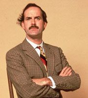 Don't mention the war! British Tv Comedies, Classic Comedies, British Comedy, British Men, Comedy Actors, Comedy Show, Sybil Fawlty, English Comedy, Fawlty Towers