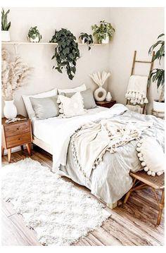 Cute Bedroom Ideas, Room Ideas Bedroom, Home Decor Bedroom, Bedroom Inspo, Boho Teen Bedroom, Bohemian Bedroom Design, Bohemian Bedroom Decor, Earthy Bedroom, Simple Bedroom Decor