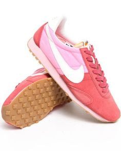 Buy Wmns Nike Pre Montreal RCR Vintage Sneakers Women's Footwear from Nike. Find Nike fashions & more at DrJays.com