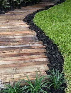Wooden Pallet Pathway Idea