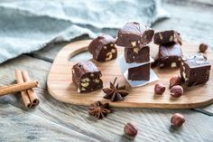 Do you love hazelnuts? Then you are definitely going to want to make this decadent Keto Zone holiday fudge! It is sugar-free, dairy-free, Old Sweets, Making Sweets, Organic Coconut Milk, Good Food, Yummy Food, Five Ingredients, Fudge Recipes, Quick Easy Meals, Sugar Free