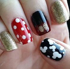 Nail art, Disney -These Disney Nail Art Ideas Will Inspire Your Next Magical Manicure Nail Art Disney, Disney Manicure, Disney Nail Designs, Pretty Nail Designs, Nail Art Designs, Nails For Disney, Disney Inspired Nails, Disney Disney, Nail Manicure