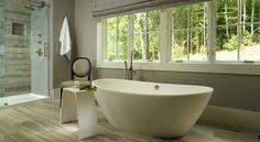 Breng warmte en design in je huis. Wij hebben een soortgelijk vrijstaand bad van Luca Sanitair! Klik op Bezoeken voor meer info! | Sanispecials