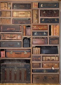A cool way to use those old suitcases & trunks for storage but contained in a built-in shelving space! A cool way to use those old suitcases & trunks for storage but contained in a built-in shelving space! Vintage Suitcases, Vintage Luggage, Vintage Trunks, Antique Trunks, Vintage Travel, Antiques Roadshow, Deco Design, Design Design, Interior Design