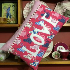 Purrfect gift for a cat lover, gorgeous fun print fabric & pom poms. One off Ltd edition decorative cushion....treat a loved one or yourself 😻