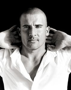 Domonic Purcell - one of the best reasons to watch Prison Break. Yummy!
