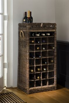 Vinreol i kurv - Rustic Rattan Wine Rack 28 Bottles Cork, Wine Lovers, Wine Rack Storage, Rustic Wine Racks, Winsome Wood, Wood Rack, Wine Baskets, Bottle Rack, Wine And Spirits